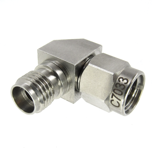 C7033 2.92mm Right Angle Adapter Male to Female VSWR 1.25 40Ghz