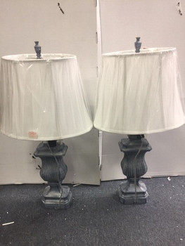 SET OF 2 TRADITIONAL BLUE TABLE LAMPS