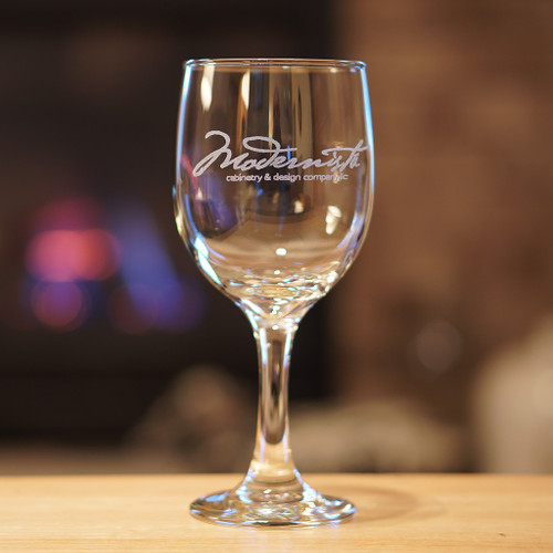 Custom engraved wine glass