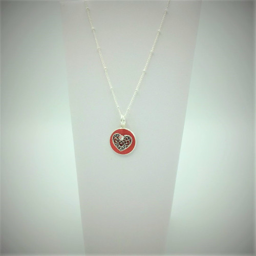 """18mm Circle Heart on 18"""" silver plated chain"""
