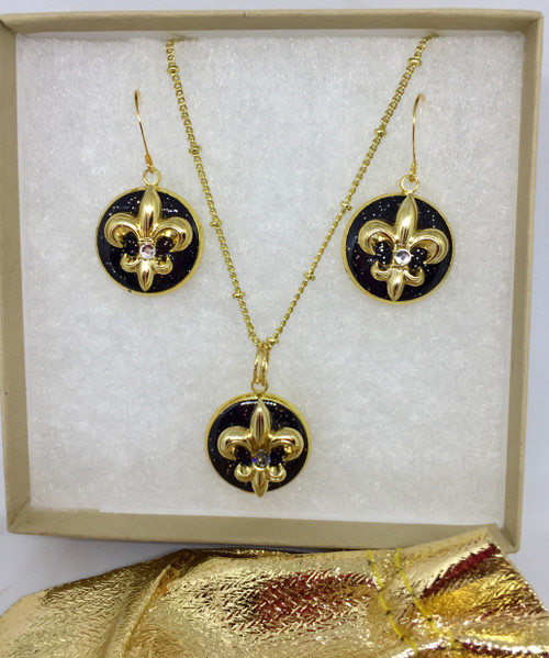 """Eve- Fleur de' Lis Black & Gold 18mm gift set by Brenda Wolfe. Embellished with Gold gilded charm and Swarovski crystals. 18"""" Gold plated chain"""