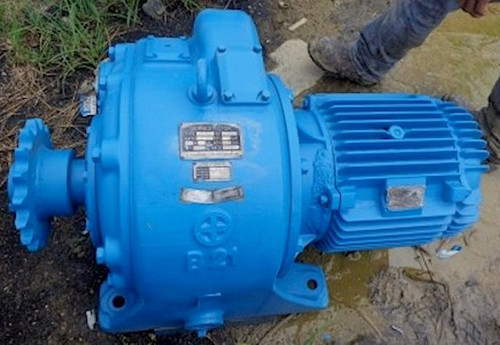15 HP Shimadzu Motor with Gear Reducer; 40 RPM