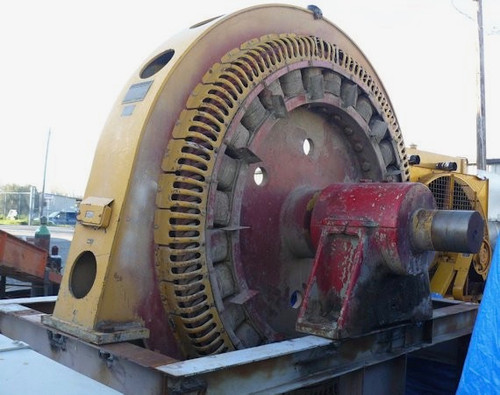 2,000 HP General Electric synchronous motor; 257 RPM