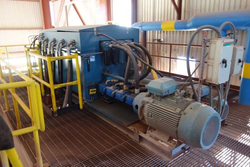 76 x 76 in (2 x 2 m) Metso VPA Filter Press Model 2040-54