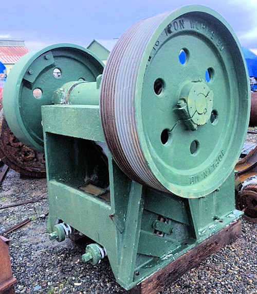 24 x 36 in Rogers Iron Works Jaw Crusher