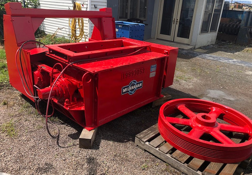 18 x 48 in McClanahan Black Diamond roll crusher