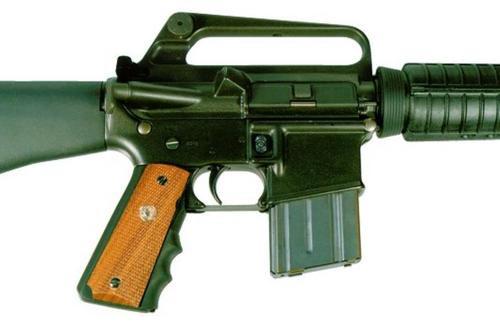 Pearce Grip AR-15 Grip, Adapter AR 15 Black Rubber