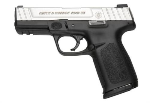 Smith & Wesson SD40 VE 40SW, Two-Tone, Self Defense Trigger, 14rd