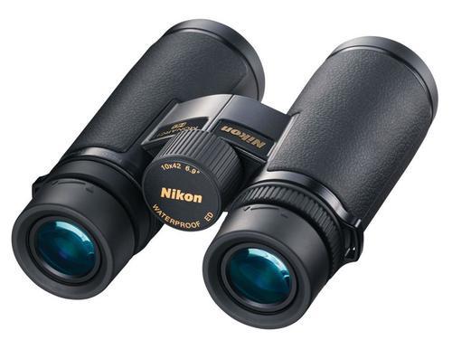 Nikon Monarch 10x 42mm 362 ft @ 1000 yds FOV 17mm Eye Relief Black