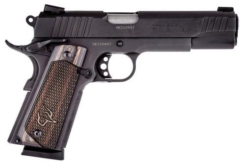 """Taurus 1911, 45 ACP, 5"""" Barrel, 8rd, Novak Sights, Walnut Grips, Black"""