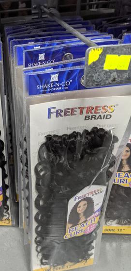 """FreeTress Braid Beach Curl 12"""""""