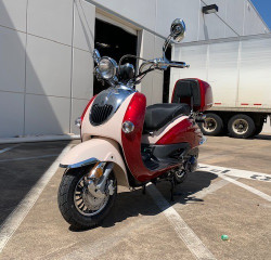 New Trail Master Sorrento 150A Scooter, Electric and kick start