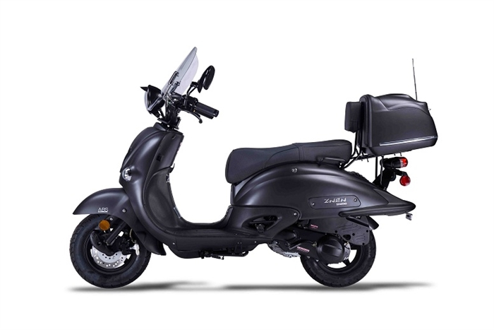 Amigo IL BELLO-150 SPORT BLACKOUT 149cc Street Legal Scooter, 4 Stroke Air Cooled