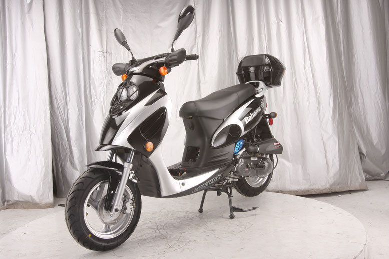 VITACCI  BAHAMA 150cc (QT-12A) Scooter, 4 Stroke, Air-Forced Cool,Single Cylinder - Fully Assembled and Tested