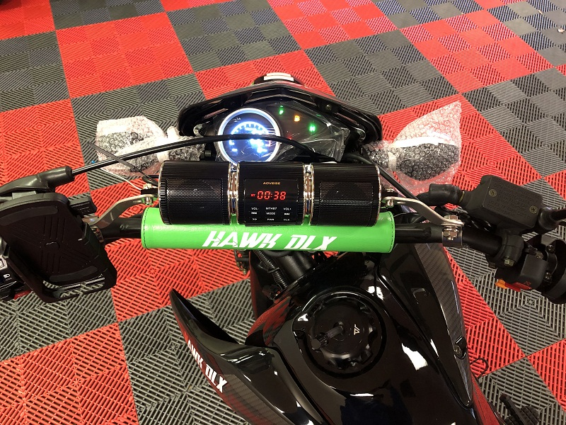 New Hawk 250 With Bluetooth Speakers and Phone Holder