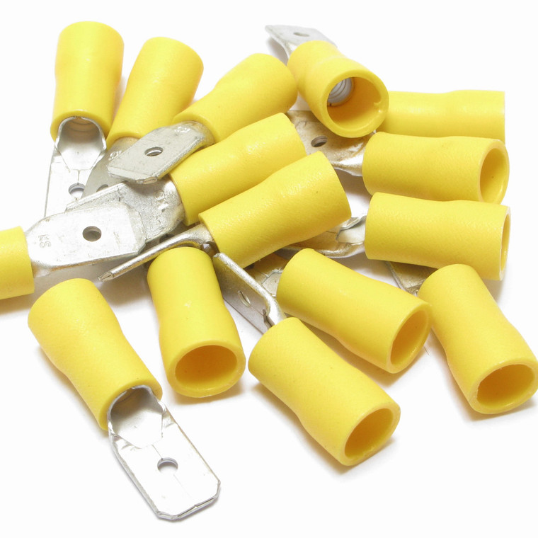 12 - 10 Gauge Yellow Partial Insulated Male Push-on 0.250 Inch - 100 Pieces