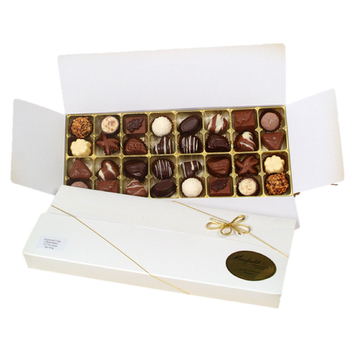 White Easter gift box - 32 chocolates $67.50