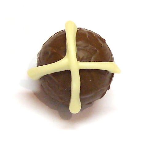 Easter Hot Cross Truffle: Milk - non-alcoholic