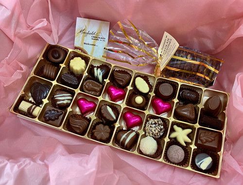 mothers day, gift pack, chocolates, florentines, pink