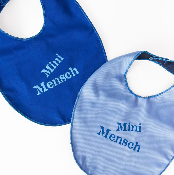 Mini Mensch (Minnie Man) eating Bib set of two for sweet babies
