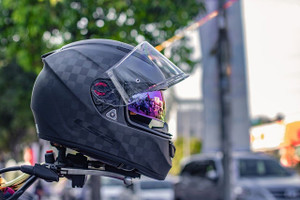 High-Tech Motorcycle Helmets: Worth the Hype?