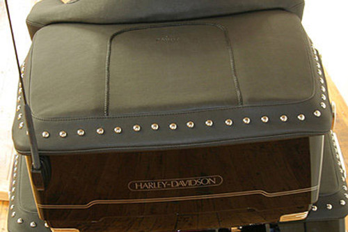 Mustang  King Tour-Pak Trunk Lid Cover for '93-13 FL Models Black Pearl Centered Studs (Shown in Chrome) Does not fit 2014 models