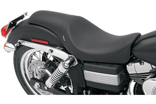 Drag Specialties Predator Seat for FXD/FXDWG '06-Up -Smooth