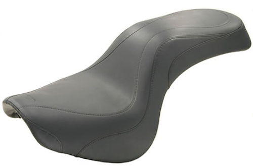 Mustang  One-Piece  Day Tripper Seat  for Vulcan 900 '06-up