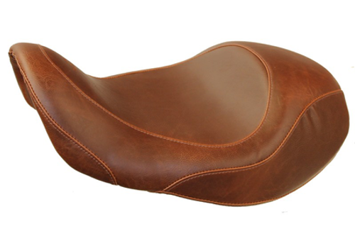 Mustang  Wide Tripper Forward Solo Seat for '06-17 Dyna/Wide Glide Models - Distressed Brown