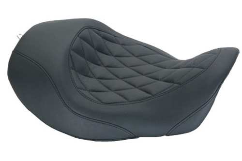 Mustang  Wide Tripper Forward Solo Seat for '06-17 Dyna/Wide Glide Models - Diamond Stitch