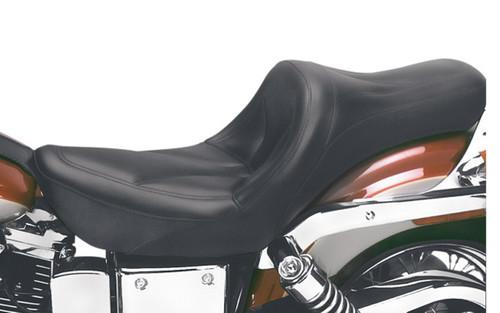 Saddlemen King Seat for '04-05  FXDWG -without Driver Backrest 1