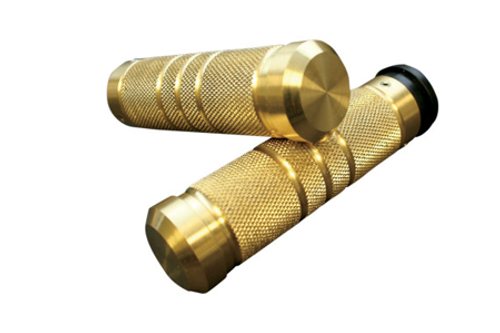 Accutronix Custom Grips for '08-Up FLHT,FLHR,FLHX & H-D Trikes -Knurled/Groove, Brass