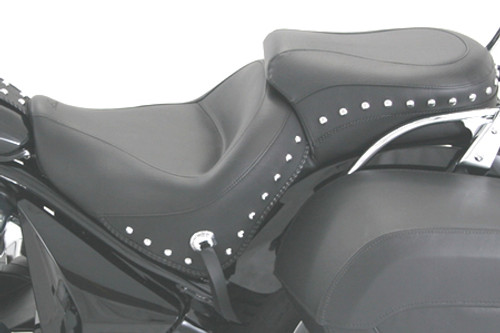 Mustang  One-Piece Wide Touring Seat    for Sabre/Stateline/Interstate 1300 '10-13-Studded