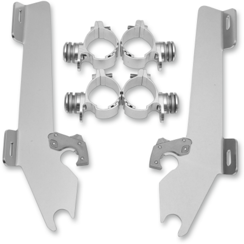 Memphis  Shades  Batwing Windshield Mounting Kit for Vegas '04-13-Polished FAIRING AND WINDSHIELD NOT INCLUDED