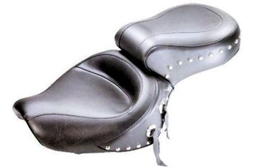 Mustang  One-Piece Seat  for VT1100 Sabre '00-up & Spirit '97-up    -Wide Studded