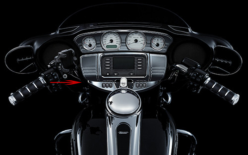 *CLEARANCE* Kuryakyn Switch Panel Accent for '14 Electra Glides, Street Glides & Trikes -Chrome