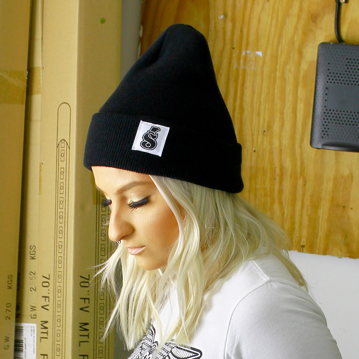 Black Classic Cuff Beanie with S Patch