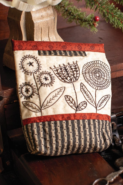 Homegrown Project Pouch by Kathy Schmitz