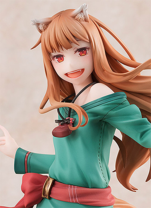 Revolve Holo Spice and Wolf 10th Anniversary Ver. 1/8 Scale Figure