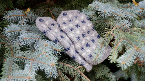 Knit like a Lativan - Each Mitten has its own story, as every pattern knitted has its own meaning and brings with it its own wish.