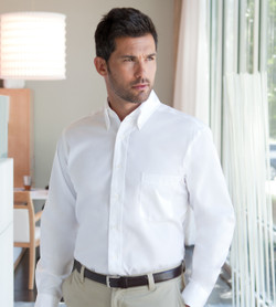 Van Heusen - Non-Iron Pinpoint Oxford Shirt - 13V0143  (White)