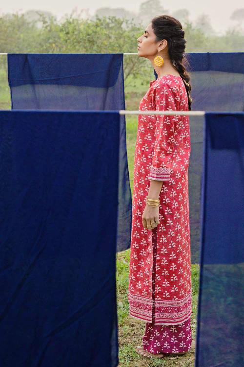 Gul Ahmed 1 Piece Custom Stitched Shirt - Red - LB16474