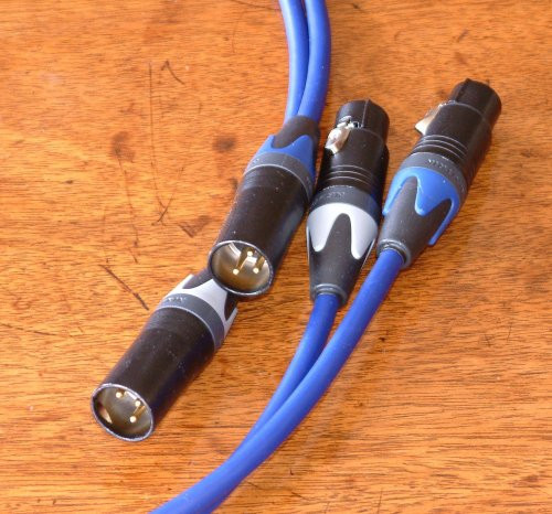 Ringmat Pure Signal Premium Blue Balanced - Analogue - 0.5M Stereo Pair Terminated with Neutrik XLRF to XLRM connectors