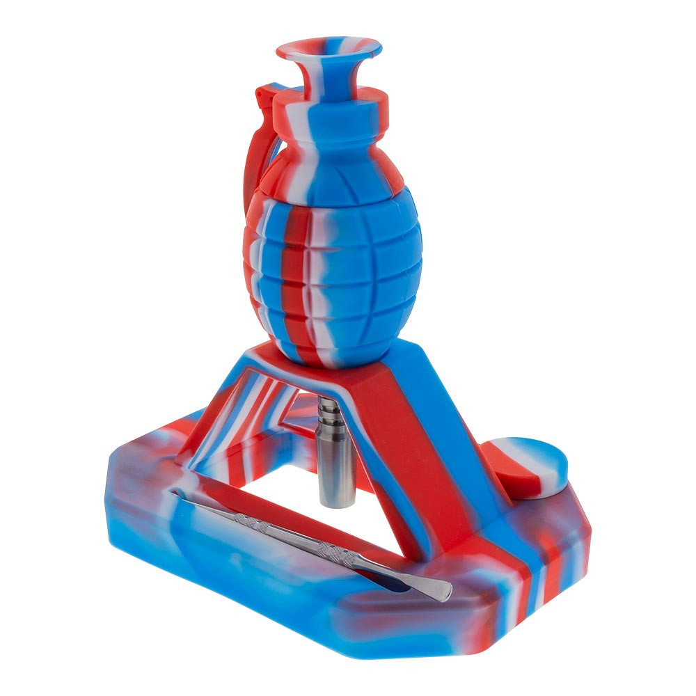 When not in use the grenade can be rested on top of the stand, either for use soon or for storage. The base has compartments for the dab tool and nail so the grenade can be disassembled slightly before being put away.