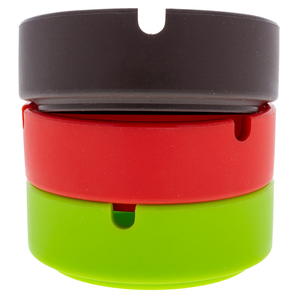 These Silicone Round Ashtrays can be easily stacked on top of each other for quick storage.