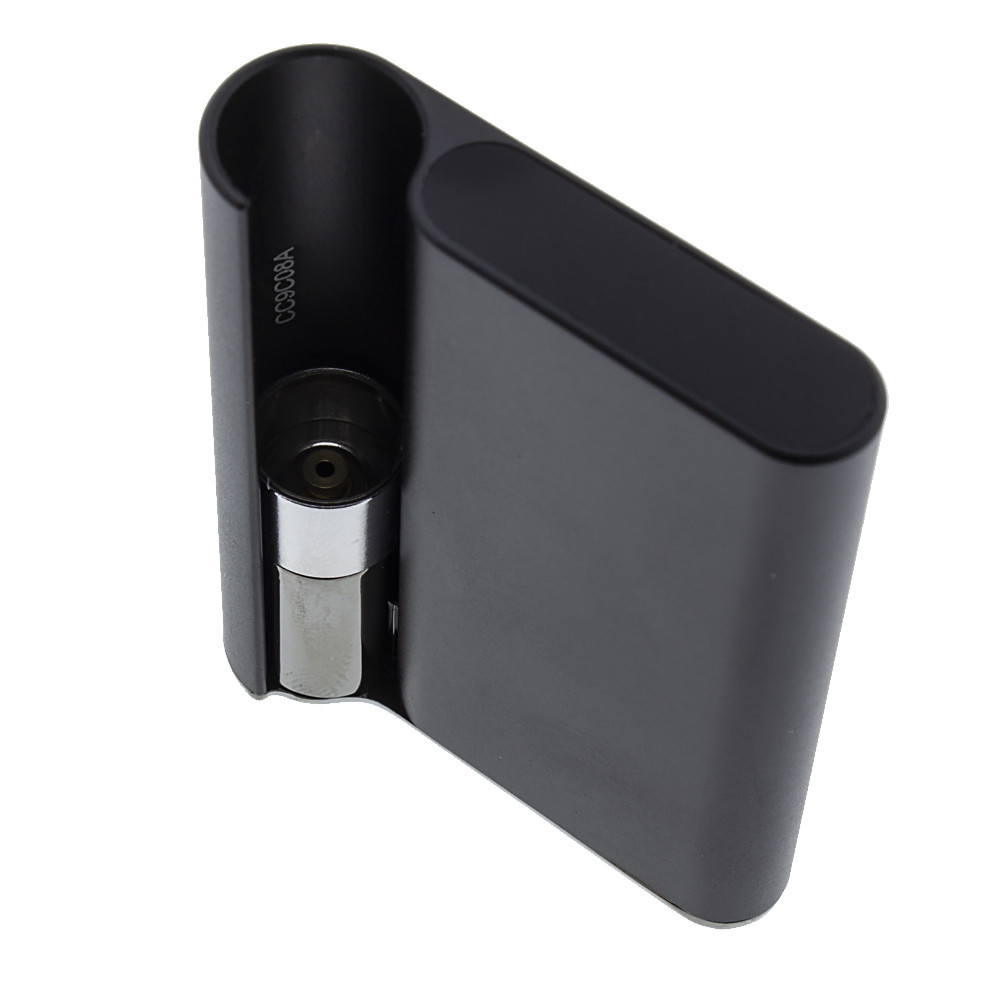 Black Palm 510 thread cartridge vape with Ccell cartridge.