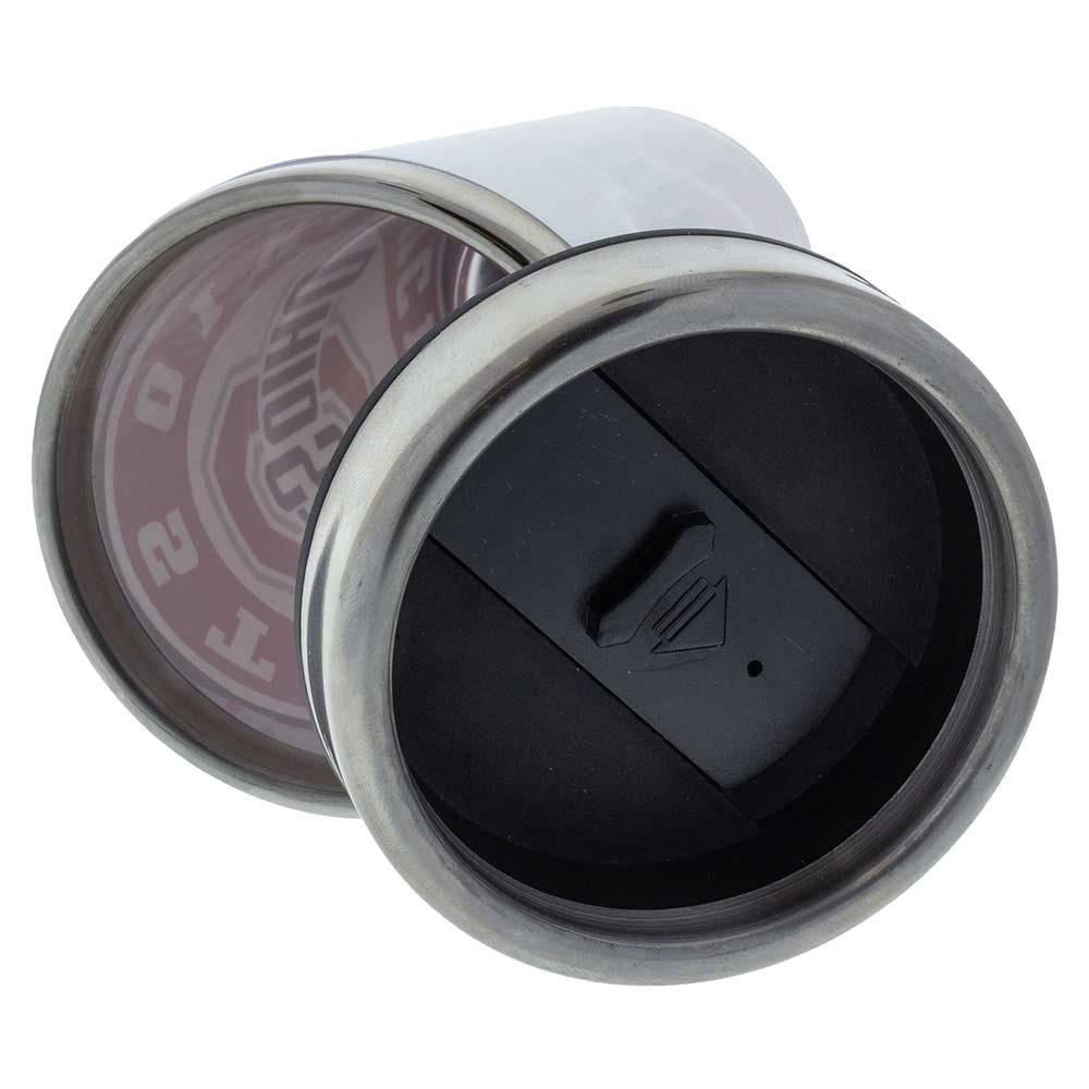 The lid seals shut to lock liquid inside, and can be easily removed to refill or empty the mug.