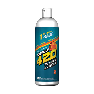 Profile view of Formula 420's Plastic Cleaner. This special cleaner won't harm your plastics unlike traditional glass cleaners.