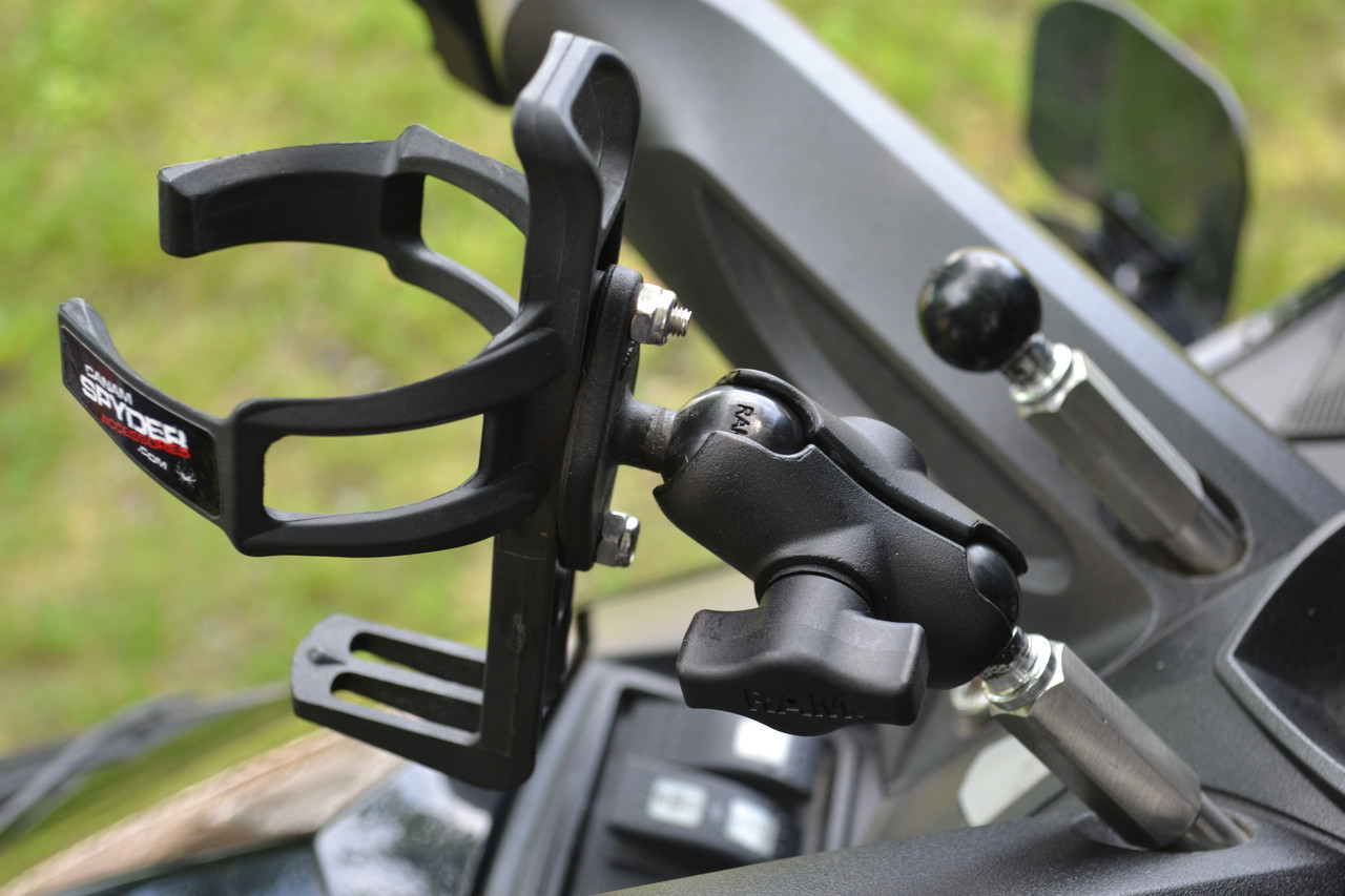 All years and model except RS-RSS 2008 to 2012 - Combo CASA Drink Holder - Mounts up front for Rider