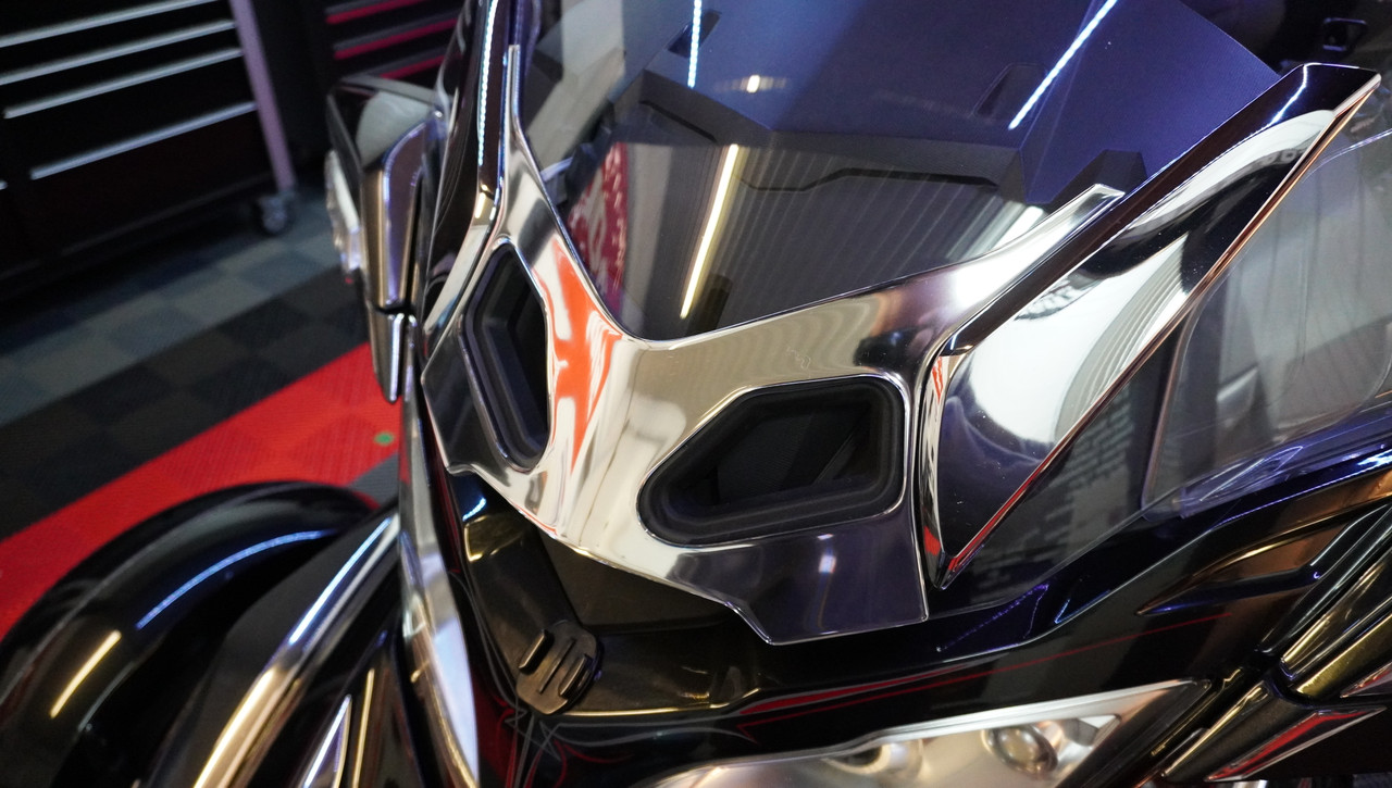 RT Series 2010-2019 Chrome Polyurethane Windshield Blackout - fits BRP stock windshield - Will NOT FIT if you have adjustable vent.